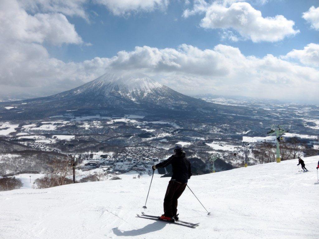 Ski in Hokkaido, Japan - Hirafu, Niseko and Mount Yotei