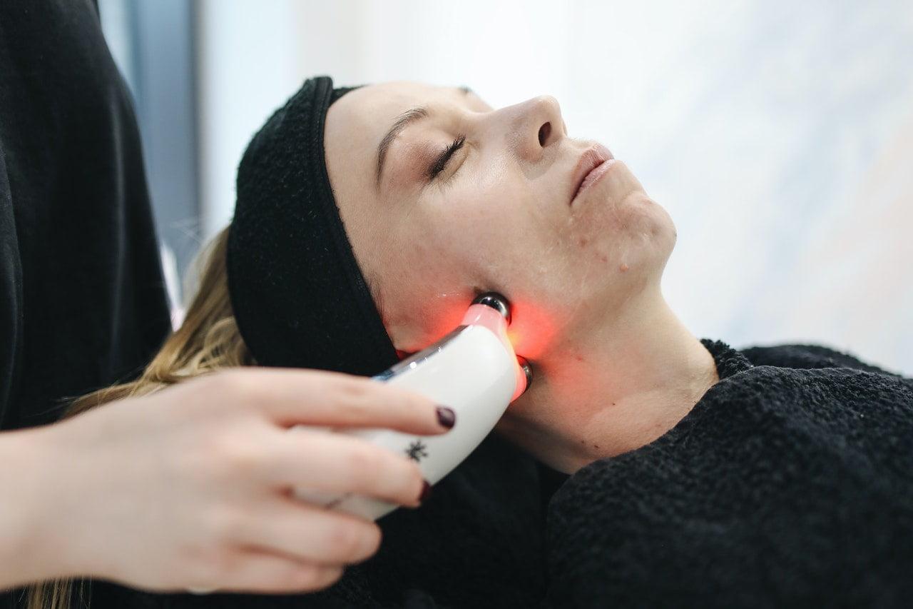 skin care treatment device